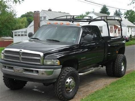 lifted  dually truck dodge  cars mitula cars