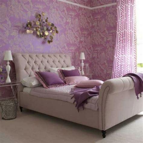 schlafzimmer und babyzimmer in einem das lila schlafzimmer f 228 llt gleich ins auge