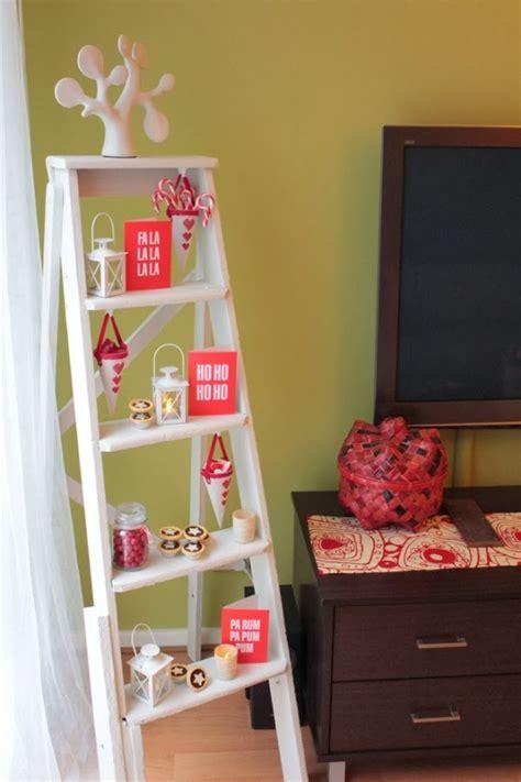 como decorar una cama en esquina decorar un dormitorio en navidad ideas para decorar