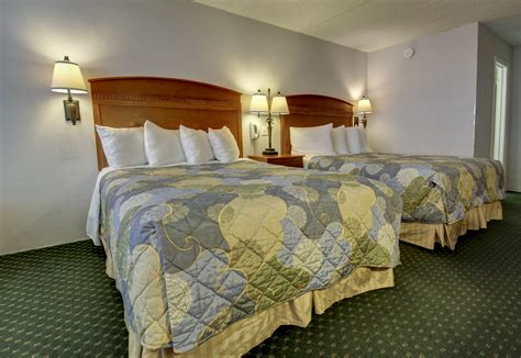 2 bedroom suites in ocean city md castle in the sand ocean city md oceanfront hotel autos post