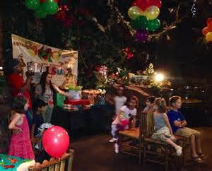 Little Kids Table And Chairs Rainforest Cafe Uae Perfect Birthday Party Destination