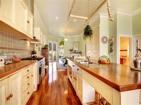 Kitchen Ideas For Small Kitchens Galley by Galley Kitchen Layout Best Layout Room