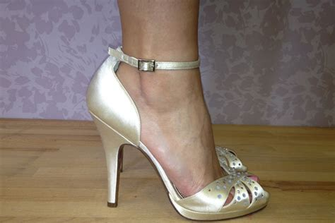 Most Comfortable Designer Wedding Shoes by Tried Tested Designer Wedding Shoes Bridalguide