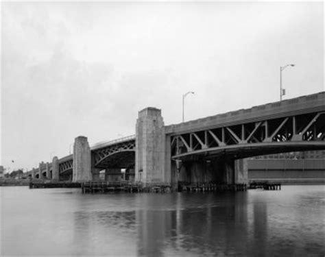 bridgehunter.com | fore river bridge (old)