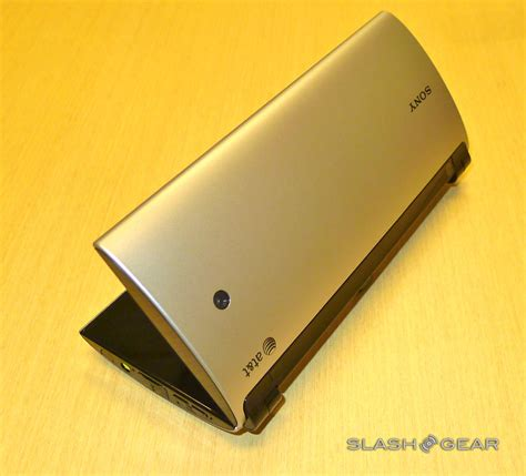 Sony Tablet P sony tablet p on slashgear