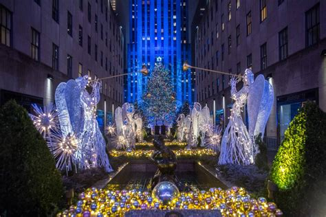 mind blowing facts about the rockefeller center christmas