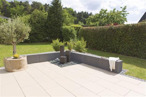 große steine für den garten terrassenplatten aus beton gestaltung modern garten