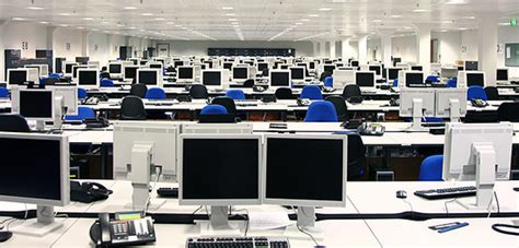 tech office pictures technology increases office productivity 500 experts