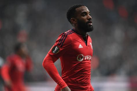 arsenal day lyon do not think arsenal target alexandre lacazette