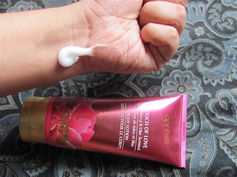 april bath shower april bath and shower touch of blackberry and lilac scented lotion review makeupera