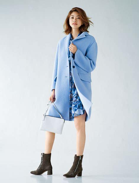 Fashion Feature 2 by トレンドカラーのスモーキーパステルをコートで投入 ファッション 25ans ヴァンサンカン オンライン
