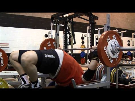bench press elbows in elbow bench press 28 images how to master the bench