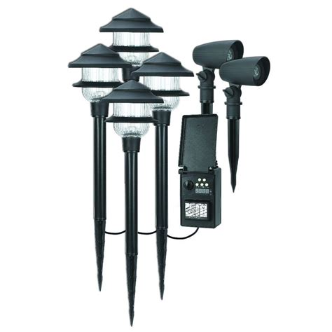 Low Voltage Landscape Lighting Fixtures Duracell Low Voltage Led Combo Pack With 4 Pathway Light