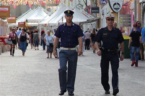 questura di venezia permesso di soggiorno polizia italiana con polizia austriaca