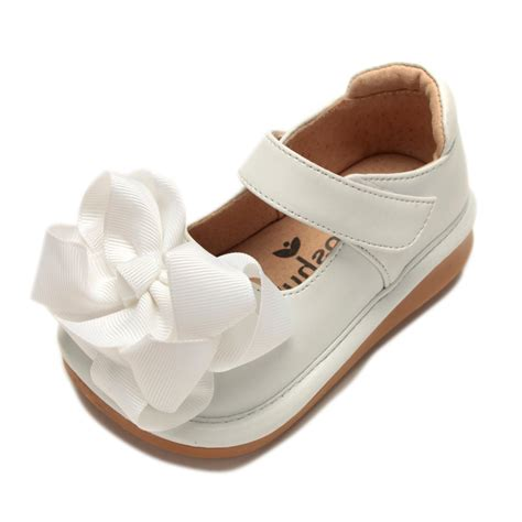 toddler squeaky shoes ready set w bow toddler squeaky shoes