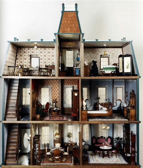 25 Best Ideas About Victorian Dollhouse On Pinterest