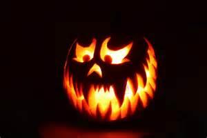 scary pumpkin lit by icantthinkofaname 09 on deviantart