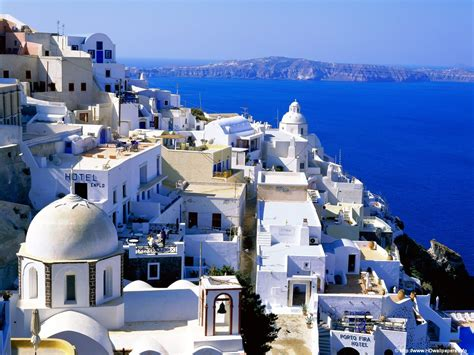 greece wallpaper for mac 1600x1200 santorini greece desktop pc and mac wallpaper