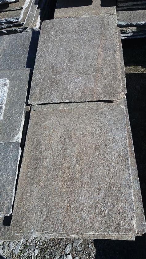 pavimento pietra esterno pavimenti per esterni in pietra porfidi mosaici per