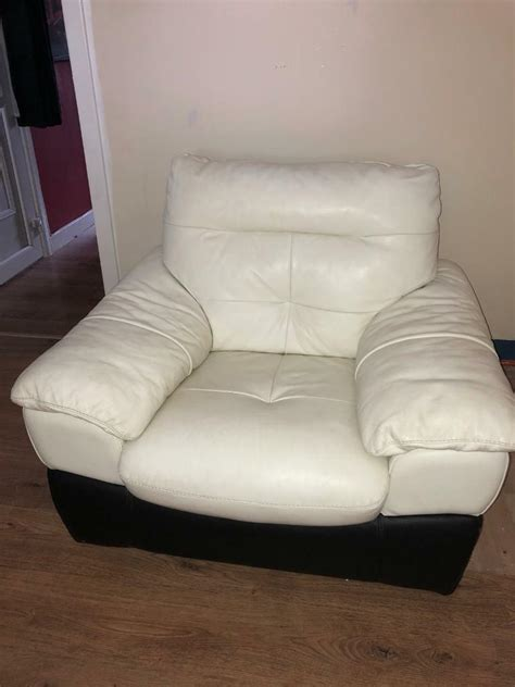 seater cream leather arm chair pick  asap  cumbernauld glasgow gumtree