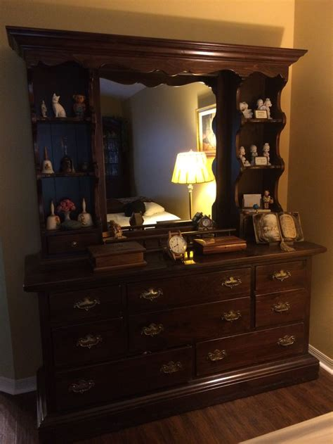 ethan allen dresser mirror ethan allen antique pine collection 66 quot dresser and hutch