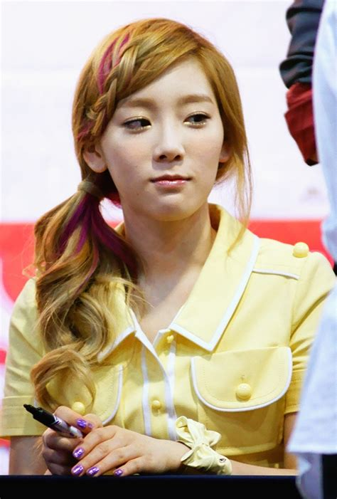 Taeyeon Hairstyle by Awesome World Taeyeon Snsd Hairstyles