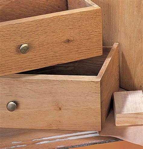 r 233 nover un meuble en bois comment restaurer meuble en