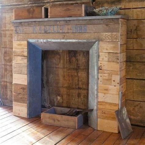 Pallet Fireplace by Faux Fireplace Made With Pallets Crafts Diy