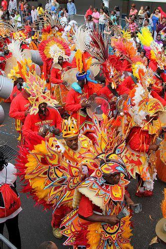 junkanoo festival on bay street nassau paradise island