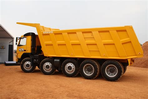 volvo fm480 10x4 dump truck launched in india