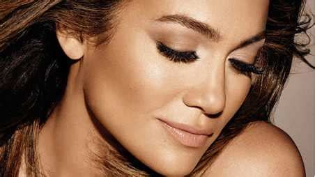 jlo biography in spanish jennifer lopez is releasing some kind of autobiography