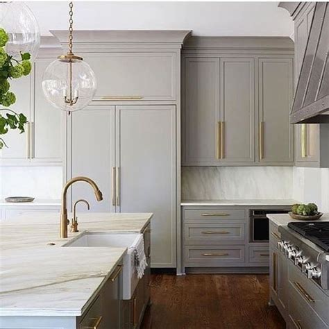 30 Grey Kitchens That You Ll Never Want To Leave Digsdigs Light Gray Kitchen