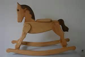 cheval bascule bois
