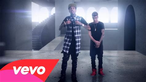 Bartier Balenciage tyga feat justin bieber wait for a minute official vevo