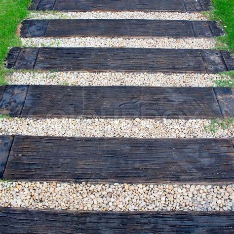 holztreppe im freien holz treppe weg am gr 252 nen garten stockfoto colourbox