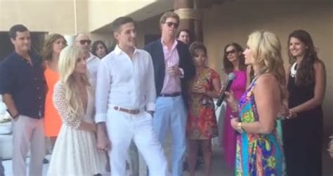 kim richards cries at her daughter brookes wedding on real kim richards attends daughter s wedding without sober