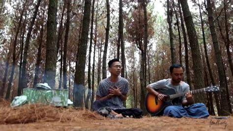 fourtwnty fana merah jambu mp3 download fourtwnty puisi alam unplugged chords chordify