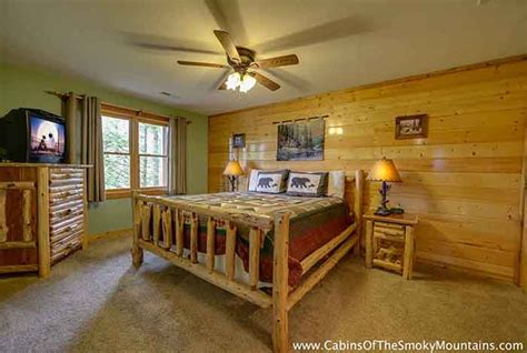11 bedroom cabins in gatlinburg gatlinburg cabin smoky top lodge 4 bedroom sleeps 15
