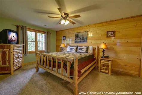 gatlinburg cabin smoky top lodge 4 bedroom sleeps 15