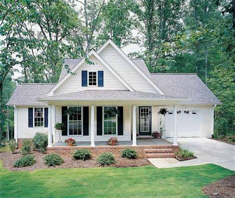 small country home plans best 25 small houses ideas on small