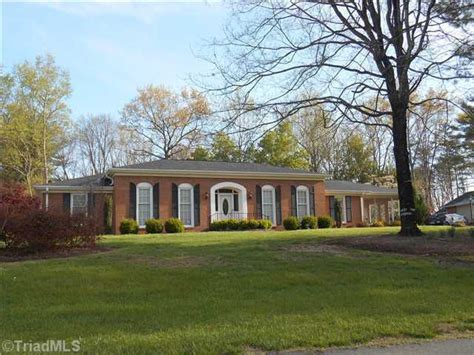 Surry County Nc Property Records 306 Pineview Dr Mount Airy Nc 27030 Realtor 174