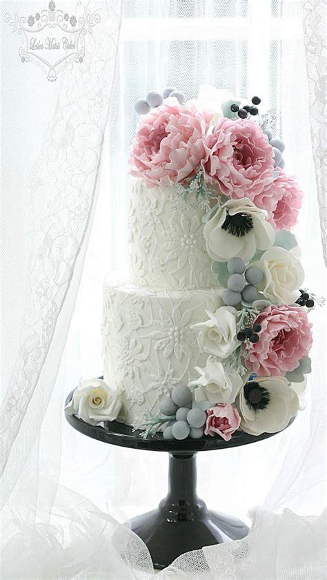 Sugar Wedding Cake Flowers wedding cake ideas sugar flowers the magazine