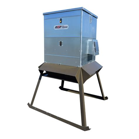 Electric Feeder 600lb electric protein feeder