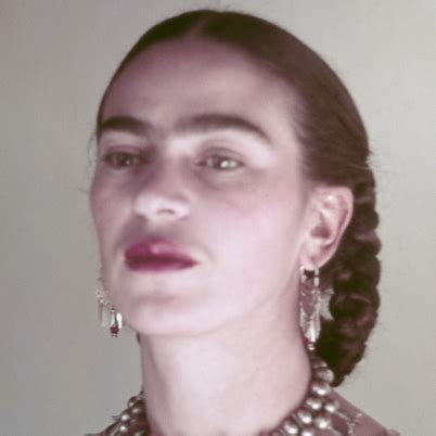 frida kahlo childhood biography 5 reasons why frida kahlo is a bad ass aesthetically