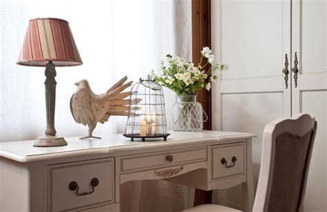 small cottage makeovers small cottage decor inspiring modern ideas for room makeovers
