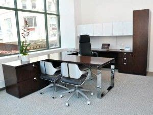 Small Office Desk Solutions 25 Best Ideas About Innovative Office On Commercial Office Design Commercial