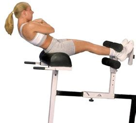 3 chair workouts for a stomach and toned glutes