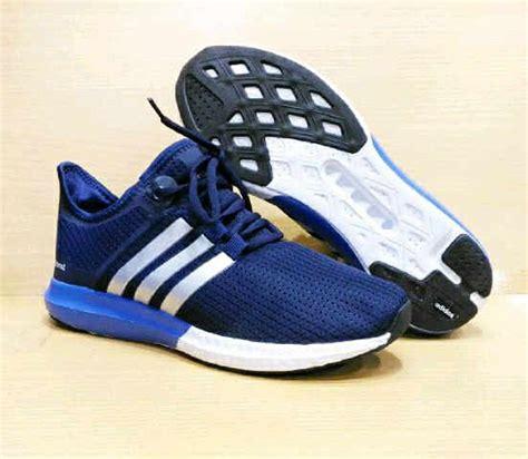 Jual Sepatu Kets Adidas by Jual Sepatu Kets Adidas Boost Wanita Sepatu Olahraga Senam