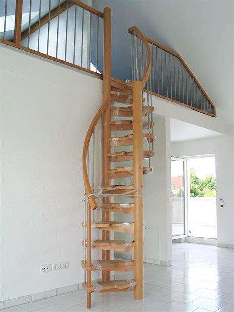 dachboden ausbauen treppe raumspartreppen treppe raumspartreppen