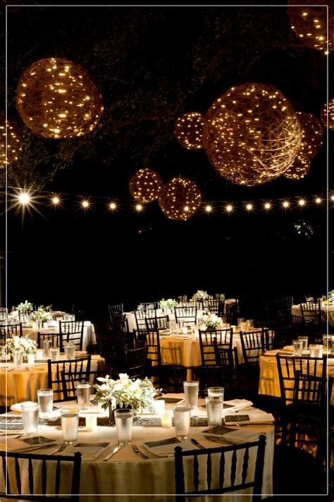 Vegas Chandelier Bar 7 Tips For Planning A Small Courthouse Wedding